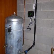 Installation pompe de puit avec réservoir galva
